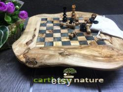 Cadeau fête des mères, Cadeau anniversaire, échiquier, Jeu d'échecs rustique en bois d'olivier 45 cm, cadeau maman, art deco, cadeau ami