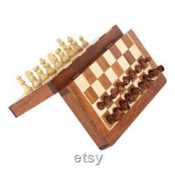 Échecs magnétiques faits main de voyage de pliage en bois, 10 x 10 pouces, bois de rose pur avec finition unique de laque, ensemble d échecs de pièces de Staunton