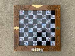 Ensemble d échecs chinois d Asie orientale avec des morceaux de pierre à savon sculptés