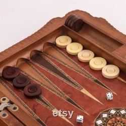 Ensemble de backgammon exclusif 24 Inch Grand Ottoman Sultan Incrusté de nacre en forme de classe Ensemble de backgammon sculpté à la main