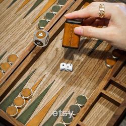 Ensemble de backgammon, jeu de société fait main de luxe à partir de bois, cuir, laiton, un cadeau parfait personnalisé