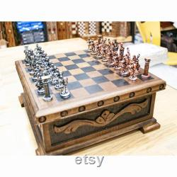 Ensembles d échecs en métal avec l échiquier, échiquier en bois fait main, ensembles d échecs uniques avec l échiquier, ensembles d échecs avec l échiquier avec des compartiments, jeu d échecs