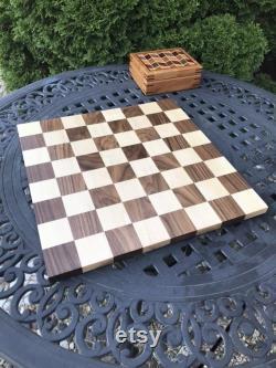 Grand échiquier en bois de 18 pouces Taille réglementaire faite à la main Érable solide et noyer Cadeau pour les anniversaires Cadeau pour votre joueur d échecs