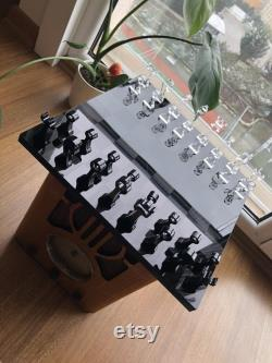 Jeu d échecs compact fait main de luxe, jeu d échecs pour les collectionneurs, planche de verre et figurines plexi