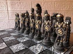 Jeu d échecs inspiré par la culture du Mexique, Échiquier de 16,53 x 16,53 en vert et blanc, aztèque Pièces d échecs de bois et de résine