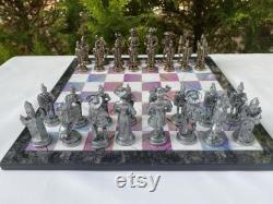 Jeu d échecs withBoard, Figures mythologiques, Planche en bois, Figures With Board, Square Board, Handmade Chess Set, Figurines Zamak