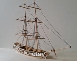 Le paquet de voilier comprend 4 navires
