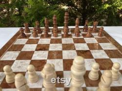 The Queens Gambit Chess Set, Chess Set with Wooden Board, Classic Chess Set, Wooden Board, Handmade Chess Set, Cadeaux du Nouvel An