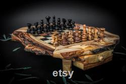 Unique Chess board table Luxury handmade olive wood chess games Queen's gambit board games